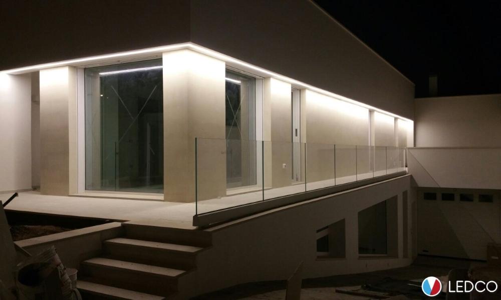 Strip led perimetrali – Villa privata – Lecce