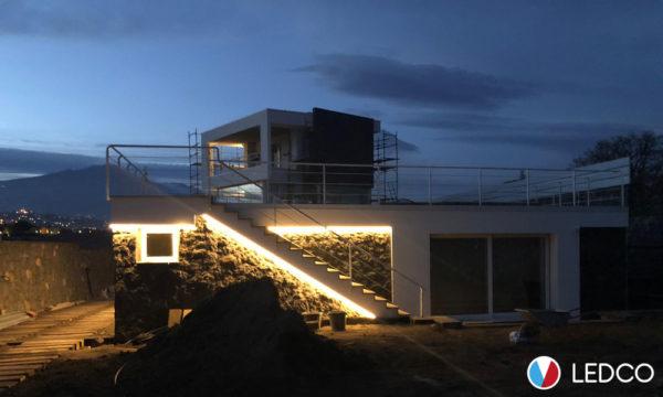 Illuminazione con Strip led da esterno - Villa Taormina (ME)