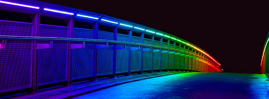 immagine di ponte con custom led rgb