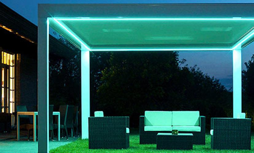 Immagine di illuminazione pergolato esterno con led custom
